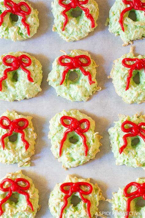 christmas wreath coconut macaroons  spicy perspective