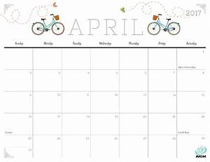 Cute and Crafty 2017 Printable Calendar - iMom
