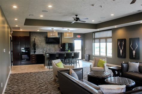 hipark apartments  villas highlands lincoln ne