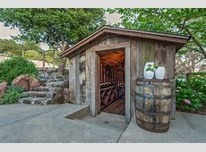 Rustic Wine Cellars Country deckpatio Castor