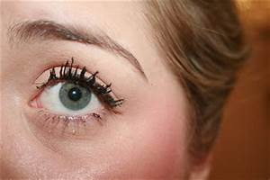 Roxy's Life: How to fix a clumpy mascara?