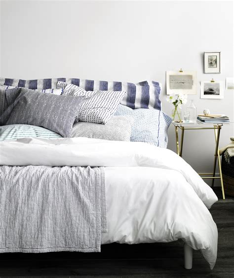 Bedroom Decorating Ideas Real Simple by How To Make The Most Comfortable Bed Real Simple