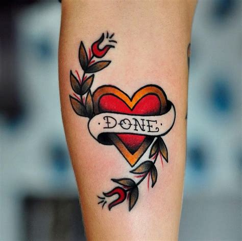 1000+ Ideas About Traditional Heart Tattoos On Pinterest