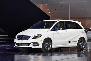 Class B Mercedes : production ready mercedes benz b class electric drive video photo gallery ~ Medecine-chirurgie-esthetiques.com Avis de Voitures