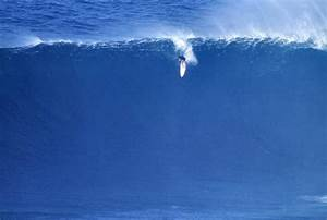 Shane Dorian ignites the new 2013 Billabong XXL season