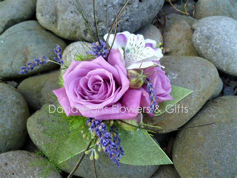 Dandelions Flowers & Gifts