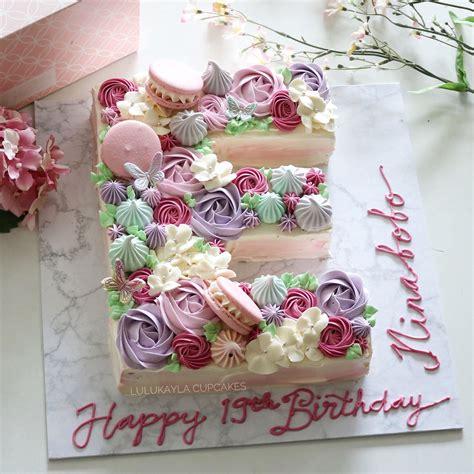letter alphabet buttercream cake cake lettering alphabet cake biscuit cake