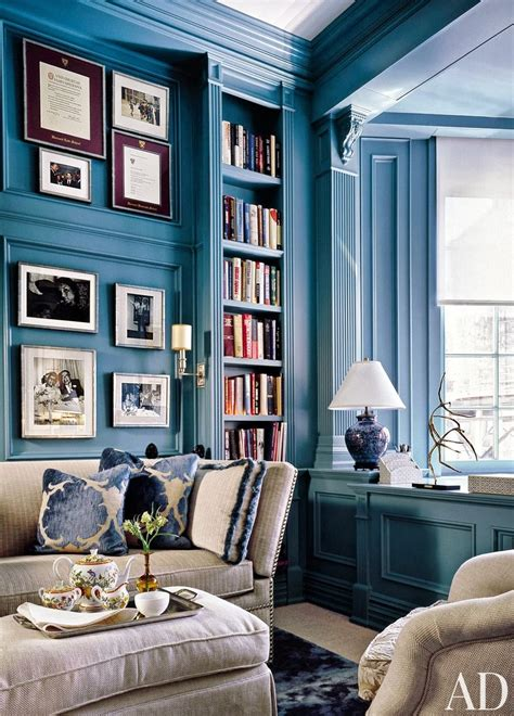 mix and chic gorgeous blue and white rooms