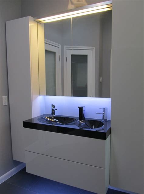 the godmorgon light mirror cabinet what height is