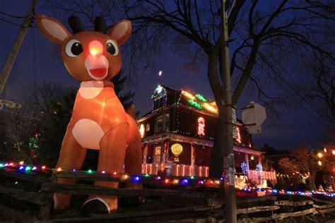 dazzling christmas lights displays   gta  star