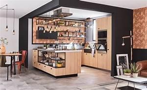 Ilot Central Cuisine Leroy Merlin : cuisine ilot noire et bois le style industriel dans la maison leroy merlin ~ Melissatoandfro.com Idées de Décoration