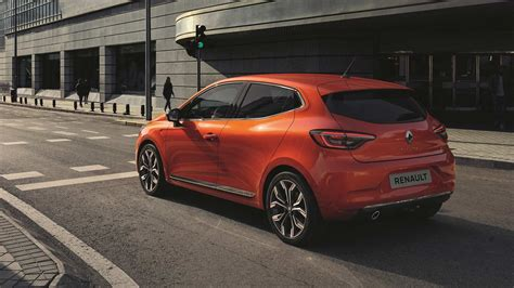 Renault Clio R S 2019 by 2019 Renault Clio Revealed With A Sporty R S Line Autodevot