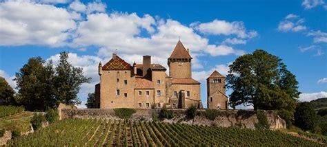 chambre hote bourgogne château historique de pierreclos en bourgogne vin