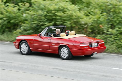 1990 Alfa Romeo Spider by 1990 Alfa Romeo Spider Photos Informations Articles