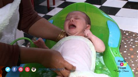 How To Give Your Newborn A Bath Demonstration By Top Ny