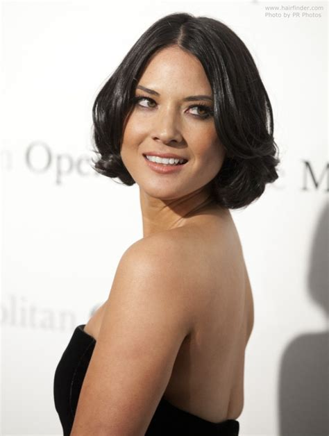 Olivia Munn   Short bob haircut with curls and waves