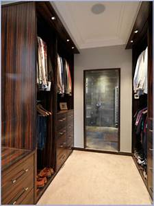 Bedroom Dressing Small Bedroom With A Nice Dresser And
