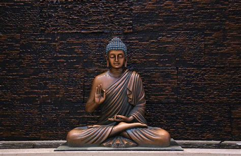 The historical buddha, also known as gotama buddha, siddhārtha gautama, and buddha śākyamuni, was born in lumbini, in the nepalese region of terai, near the indian border. Buddha Purnima 2020, Date, History & Significance - Holiday
