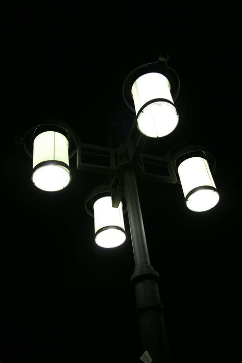 gambar lampu hitam putih aneka gambar kualitas hd