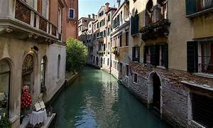venice canals go following weeks without