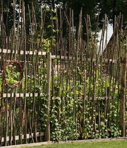 himbeerspalier selber bauen die besten 25 sichtschutz aus holz ideen auf gartenz 228 une aus holz metallzaun