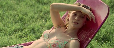 Nackte Mia Wasikowska In That Evening Sun