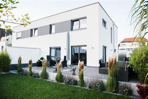 Doppelhaushälfte Cuh, Schwabach  Modern Terrasse