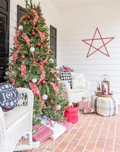 secrets  creating  cozy christmas porch