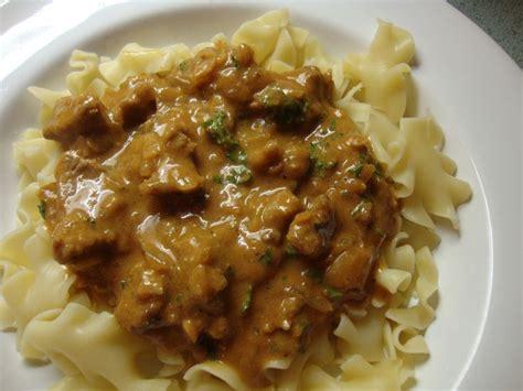 goulasch  noodles  popular german dish die