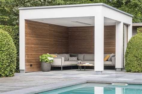Moderne Poolhäuser by Livinlodge Designed With A Touch Of Nature