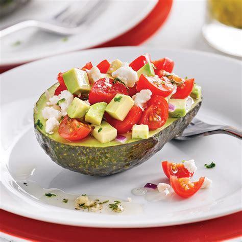cuisiner des avocats salade d 39 avocats et feta entrées et soupes recettes 5 15 recettes express 5 15 pratico