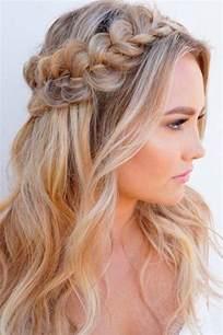 Best 25+ Down hairstyles ideas on Pinterest | Half up hairstyles, Easy down hairstyles and Hair ...
