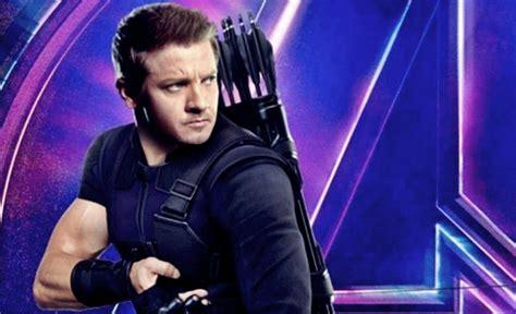 Jeremy Renner Hawkeye Suffers Damage New Avengers