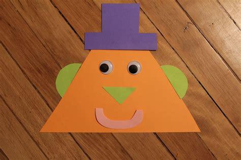 the triangle shape activity for preschoolers 161 | 813e25c5a009558ee3a59a970c15ea2c