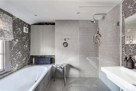 ideas  beautiful gray bathrooms