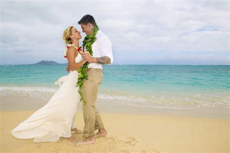 Hawaii Wedding Attire