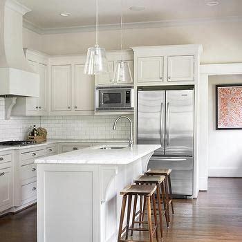 white shaker kitchen cabinets with quartz countertops white shaker kitchen cabinets design ideas White Shaker Kitchen Cabinets With Quartz Countertops