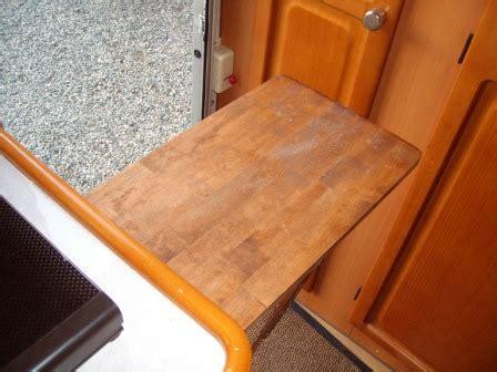 mensola a scomparsa mensola a scomparsa in cucina