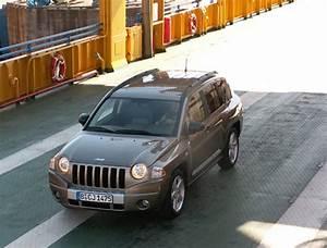 Volume Coffre Jeep Compass : la jeep compass en 12 chiffres cl s ~ Medecine-chirurgie-esthetiques.com Avis de Voitures