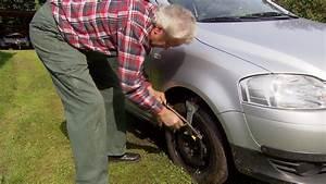 Raus Aus Dem Schlamm Anfahrhilfe Am Reifen MDRDE