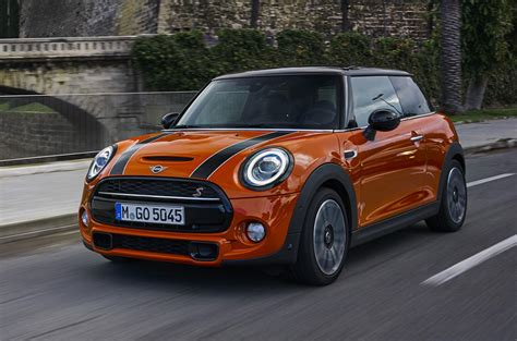 Review Mini Cooper 3 Door by Mini Cooper S 3 Door Hatch 2018 Review Autocar