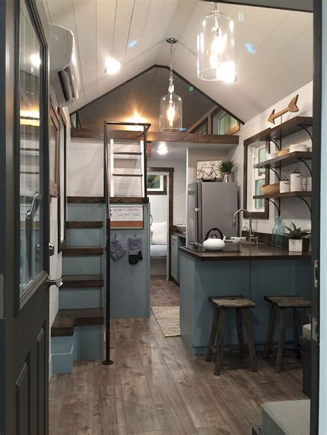 Decorating A Tiny House by Best 25 Tiny House Interiors Ideas On Small
