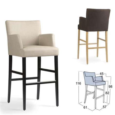 chaise de bar avec accoudoir tabouret de bar avec accoudoirs en bois et tissu shawn mobitec 4 pieds tables chaises et