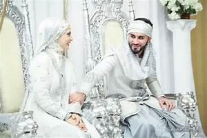 Why do Arab brides wear western wedding dresses? What is ...