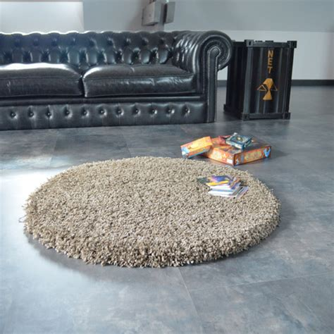 tapis rond sweety shaggy taupe   cm tapis shaggy