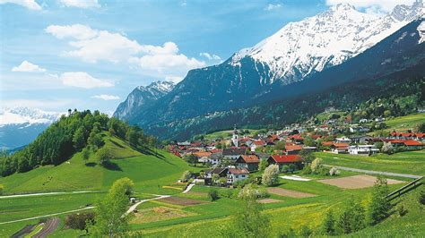 Innsbruck Vacations: Package & Save up to $570 | Expedia
