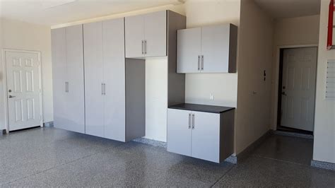 Cheap Cabinets For Garage by Why You Should Avoid Cheap Garage Cabinets Garage Vision