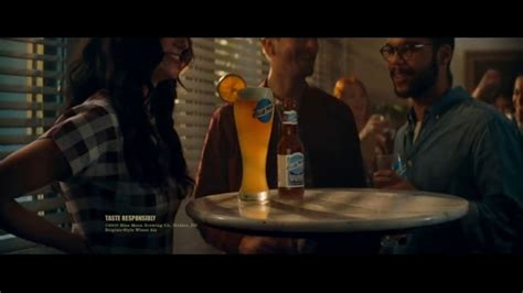 blue moon belgian white tv commercial on premise 2017 el