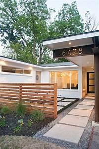 Nowoczesne ogrodzenie domu 50 inspiracji na nowoczesne for The best little dog house in texas