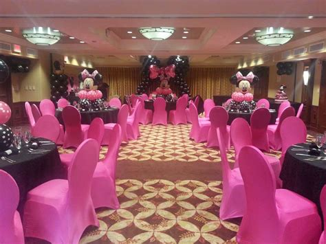 minnie mouse baby shower decorations ideas minnie mouse polka dots baby shower ideas photo 9